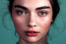 Makeup looks / Easy, trendy makeup looks. From a natural every day kind of look to a night time, glamorous one. / by prunus persica