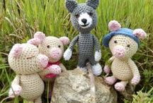 Amigurumi / Animals, dolls and toys to crochet. / by Rosanne Bushnell