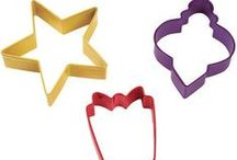 Holiday Cookie Cutters / Cutters are a great way to bring your LUMIDOH dreams to life! / by Lumi Dough