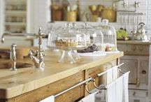 Kitchen / by catherine vilia