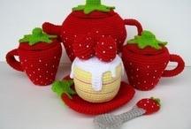 Crochet Tea Pots / by Sammy Field