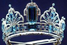 Royal jewelry / by Jocelayne Borges