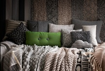 Home: Beds & Cozy Spaces / by Kiki H.