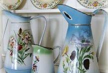 Enamel pitchers / kannen / Enamel is always lovely, but love old pitchers most! / by Henny Tuinhof de Moed