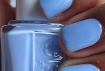 NAILS! / by Courtney Ward