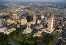 Nashville,TN / by Paul Davis