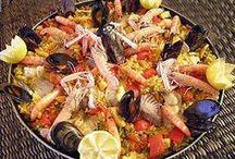 Cocina : platos-dulces-postres / La cocina Espanola para mi, una de las mejores ! con la Francesa y la Japonesa Si os gusta la cocina Espanola ir a mirar Mantecados-galletas-roscones para otros dulces / by Pandora Tears
