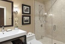 Bathrooms / by Elena Murillo Caballero