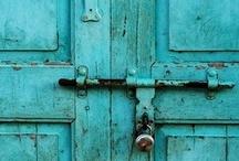 Doors / by Elena Murillo Caballero