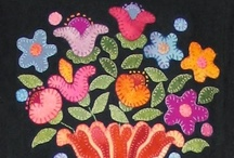 Penny Rugs and Other Felted Projects & Tutorials...DIY / by Sharon Browne