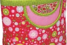Quilted bags purse  quilts  and other sewing fun / by Robin Larson