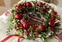 """Christmas / A potpourri of """"traditional"""" Christmas images, ideas and inspiration in various color ways and themes.  / by L i l y O a k e"""