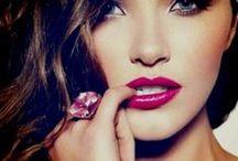 Makeup / by Maria Garcia