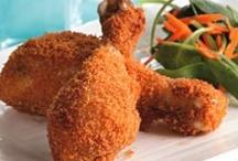 Chicken Stuffs / by Gabriela Guillermo-Garza