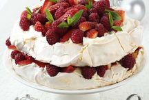pavlova cakes / by The Baking Mamma