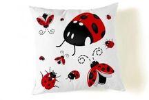 Chinitas! Ladybugs!  / by Coti Parra