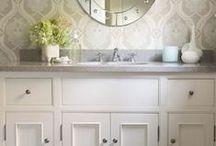 bathroom / by Jana Lubert