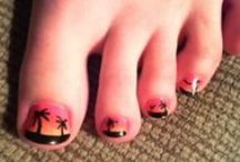 Cool Nail Designs / by Susy Courneya
