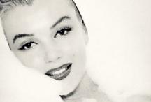 Celebrities: Marilyn Monroe   / by Gwen