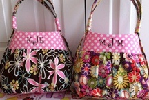 Sew Bags, Totes, Purses, etc... / by Liselet Jacobs