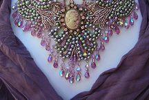 Beaded Jewelry / by Johanna Wall