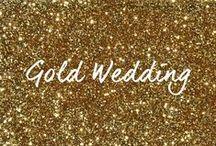 """♡ GOLD HOCHZEITSDEKO / Goldene Hochzeitsdekoration und Tischdekoration im """"Gold-Weiß"""" für Deine Hochzeit. Wenn Du Goldschimmer, Klitzer und Glamour liebst, dann bist Du auf diesem Pinterest Board """"Gold""""-Richtig. Lass dich inspirieren: Tischdeko, Deko-Artikel, Kerzenleuchter und Accessoires ganz in Gold und edlem Weiß. #weddstyle / by ♡ weddstyle.de ♡ Hochzeitsdekoration"""