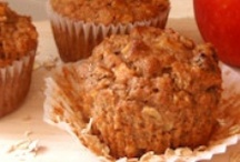 Muffins & Quick Breads / by Tamara Lee