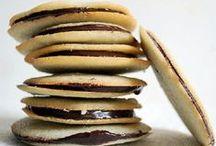 Cookies & Pie / by Kaylee Johnson