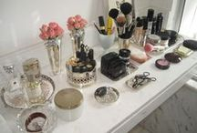 VANITY DRESSING TABLE / Powder your nose. / by Austen Romance