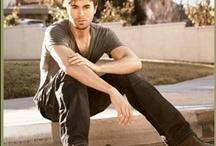 Enrique !! / by Jennifer Hanley Kerns