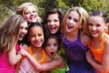 DANCE MOMS<3(: / I LOVE all of the girls but my favorite is Maddie! Orginal Dancemommer<3 Maddie, Nia, Mackenzie, Paige, Brooke, and Chloe are the orginal Dream Team<3 follow me if u love/like dance moms!(: / by Jaimie