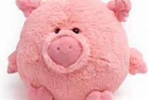 Pig Pig Pig... / by Flora Franco