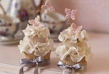 cupcakes / by Francisca Karsono