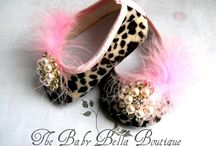 baby shoes / Baby shoes   / by Ana Campos