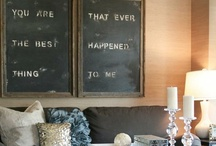 Living Rooms / by Deannea Tranter