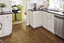 White kitchen ideas / by Jeannine Porter
