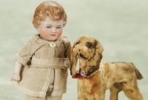 Lovely Old Toys / by Robin Roberts