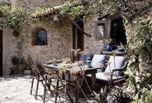 Alfresco Dining/Outdoor Living / by Vicky den Hertog