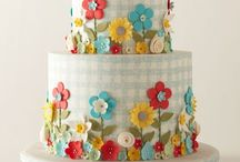 Beautiful Cakes / by Vicky Fordham