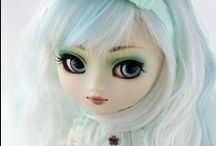 Pullip & friends / Pullip, Dal, and Byul from Jun Planning or as dressed and transformed by artists / by Joanna Straughn