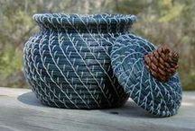 I love Baskets and weaving art / by Vanna Rocha