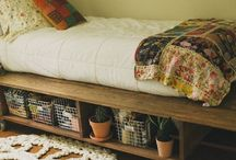 interior / Bohemian, vintage and floral dorm interior inspiration  / by Celine Houghton