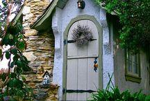 shut the front door / by Dawn Roney