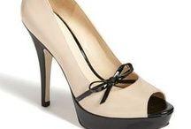 I Love Shoes! / by Helene Randle