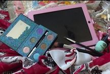 Girl's Gadgets! / The girly gadgets! Girls love a bit of technology too! / by The Snugg