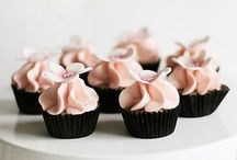 cupcakes / by Toni Roeller