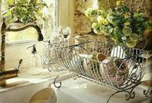 Kitchens / by Deena