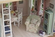 Doll houses! / by Melissa Troyer