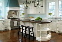 Kitchens / Beautiful Dream Kitchens! / by Nancy Thomas