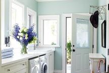 Room colors I LOVE!!!!! / by Linda Grahn